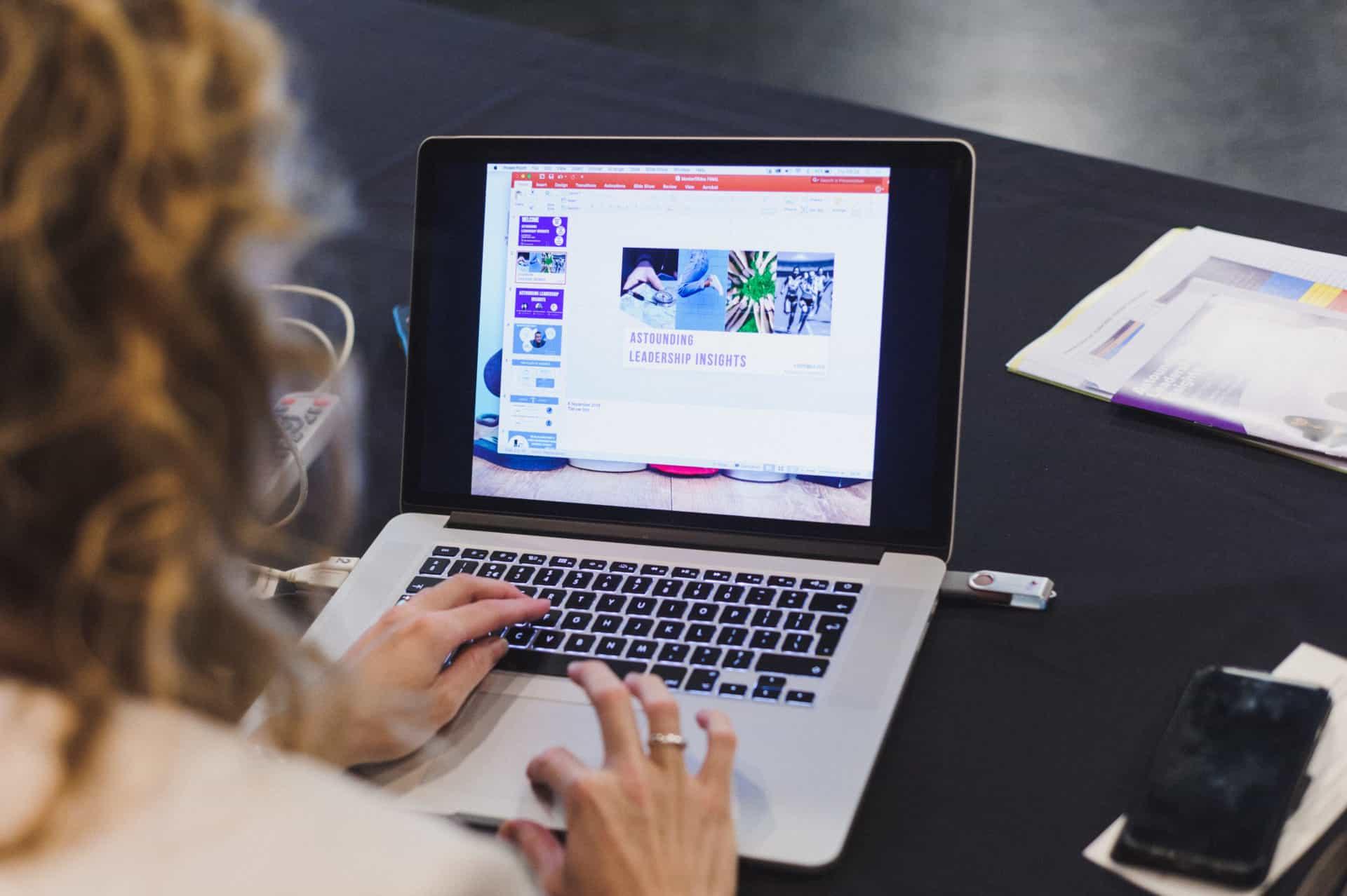 laptop-blog-content-in-situ